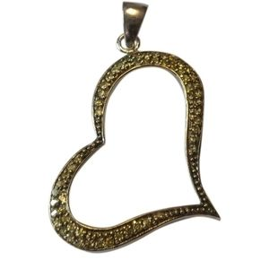 🇨🇦 Sterling silver heart pendant